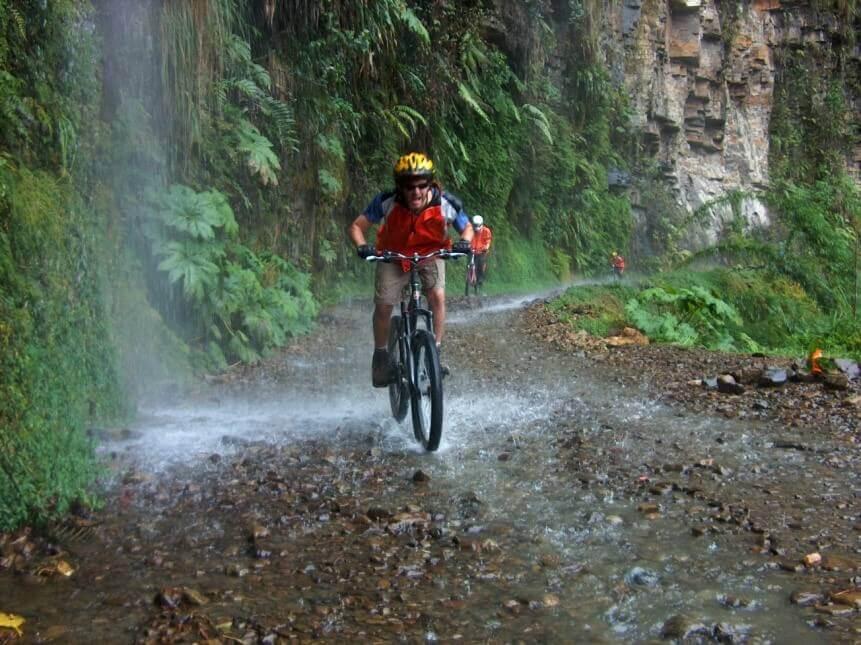 Downhill mountain biking, The Death Road.