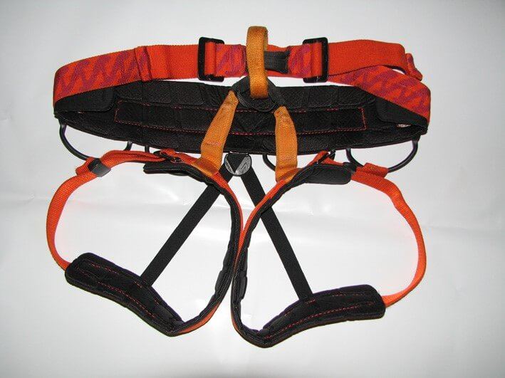 A sturdy climbing harness is an important piece of equipment for abseilers.