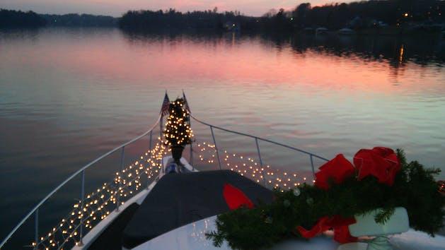 Wreath & Christmas lights on cruise boat on Lake Hickory