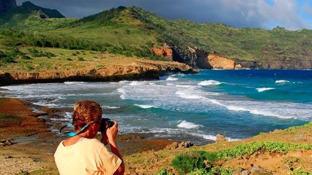 Photographer-at-Kauai-Coast