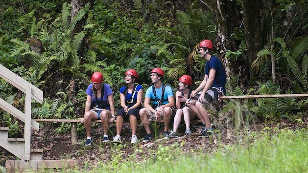 Ziplining-Group-with-Outfitters-Kauai
