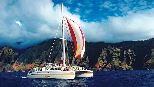 Capt.-Andys-Napali-Picnic-Sail