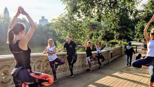Sunrise Yoga Walk In Central Park Ny Fit Tours Nyc