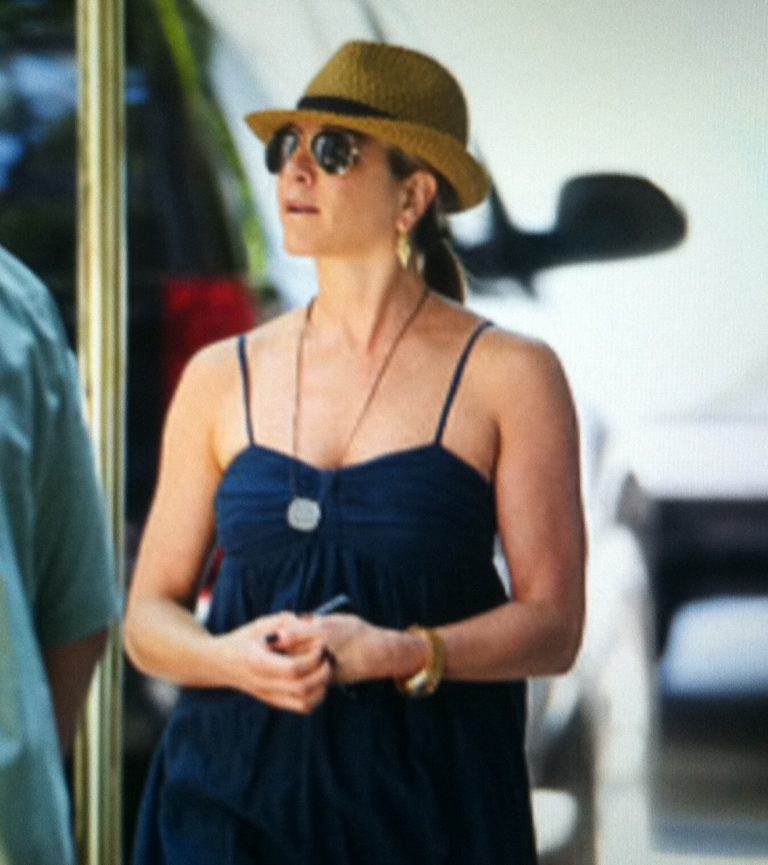 Jennifer aniston filming in NYC