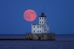 Milwaukee Full Moon