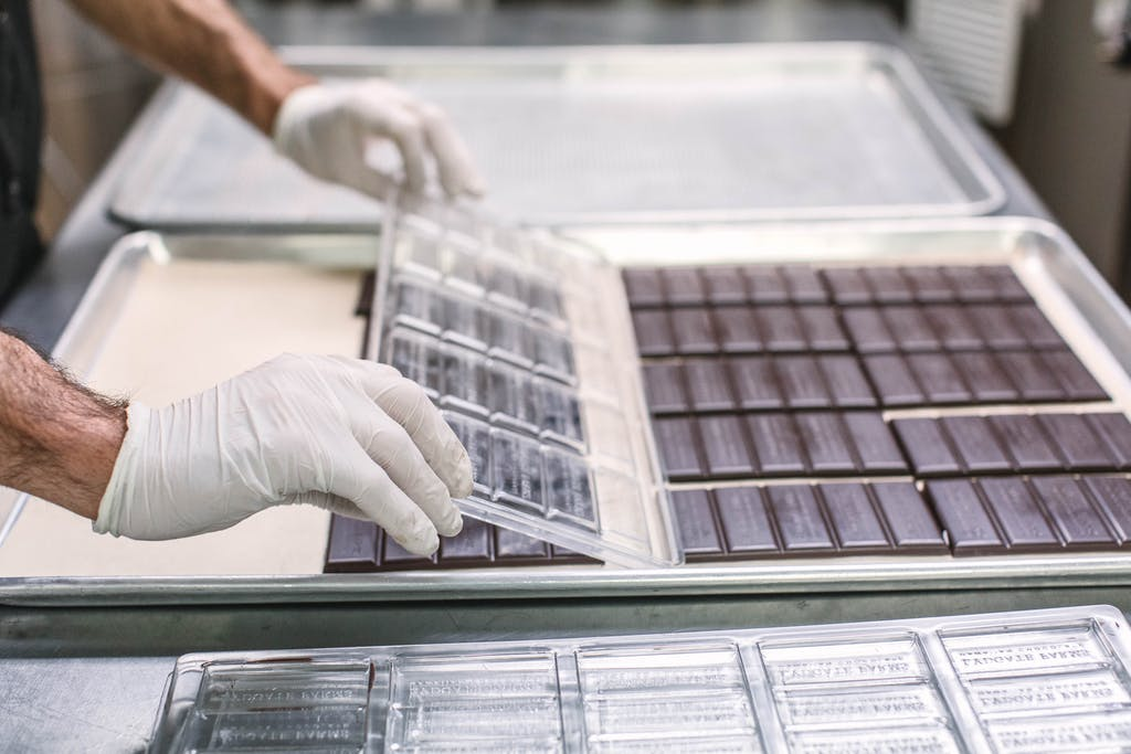 Worker molding Lydgate Chocolate bars