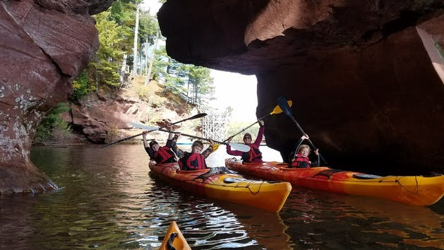 Red Cliff Caves   Rustic Mawkwa Den