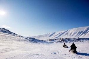 Snowmobile-Landscape-300x200
