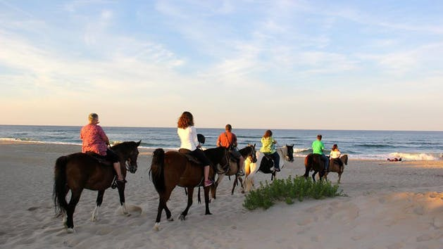 Learn to surf outer banks