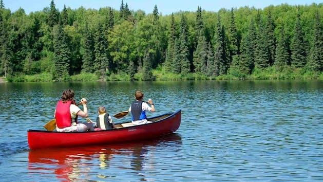 Family in canoe on deer creek reservoir