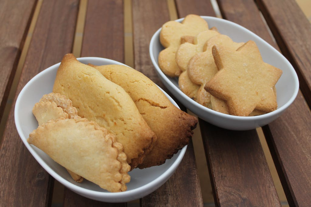 traditional mallorcan pastries - robiol and crespell