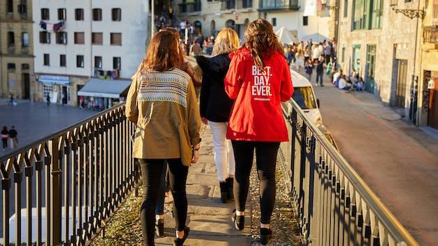 Tour Pintxos, Old Town, Donostia, San Sebastian, Gipuzkoa, Spain, Europe