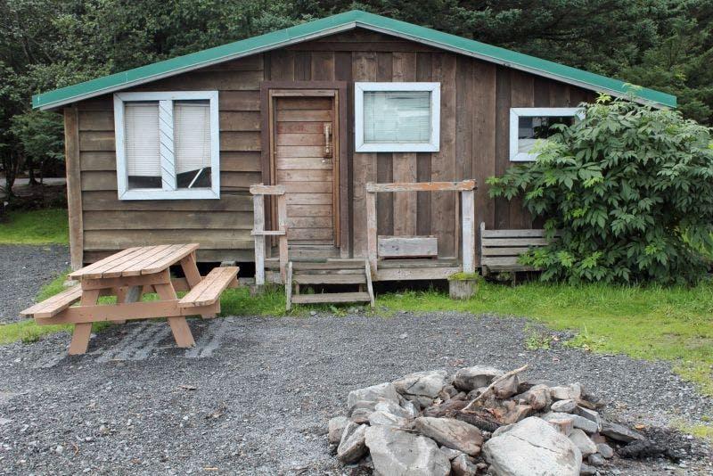 Crow's Nest Camping Cabin in Seward, AK