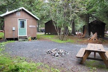 Tree Camping Cabins in Seward
