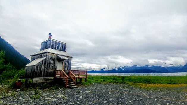 Rocket House Glamping Adventure Cabin in Seward, Alaska