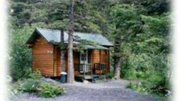 Exit Glacier Cabins
