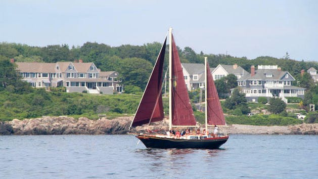 Pineapple Ketch in Kennebunkport