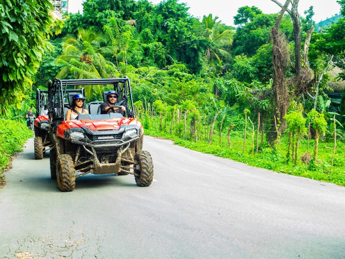 Jeep in the jungle-Buggies Adventures