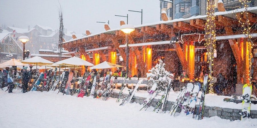 Winter picture of the Longhorn Pub