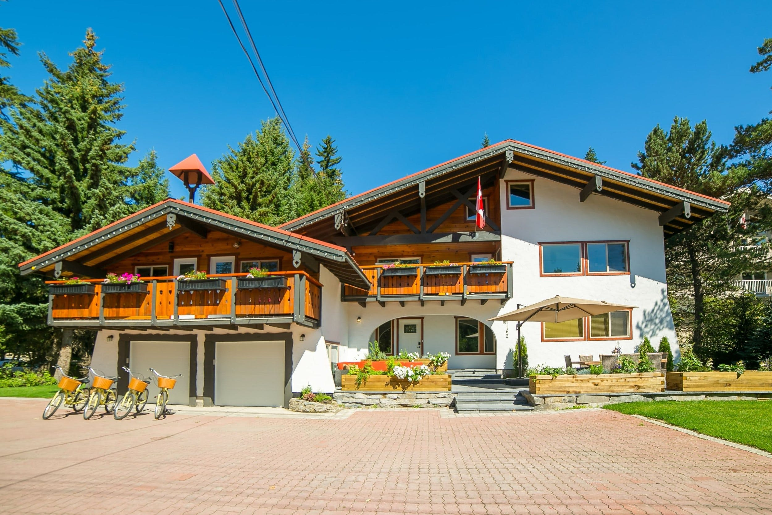 CHALET EDELWEISS, a swiss experience in Whistler