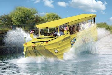Ride the Ducks tour makes a big splash