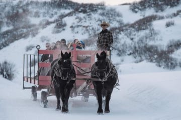Saddleback Winter Wagon Ride