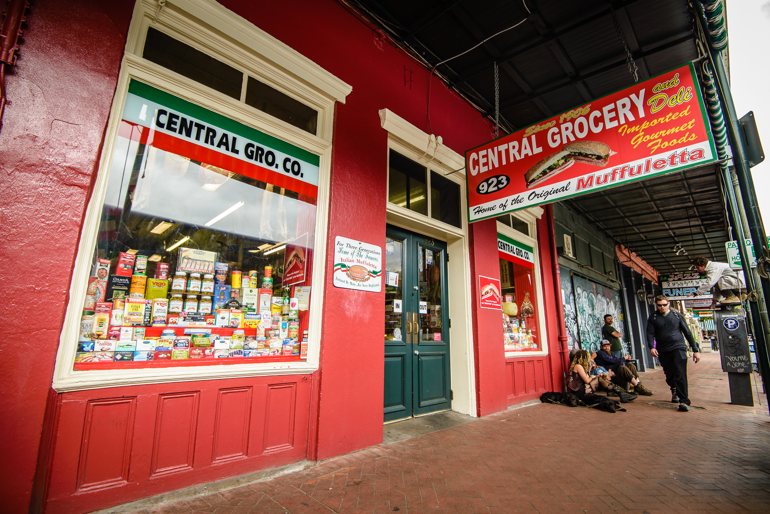 central grocery, muffaleta sandwich, nola lunch spots, kayaking, where to eat,