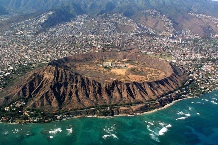 hawaiian crater