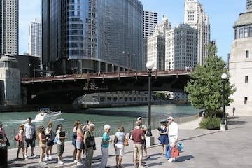 Chicago Riverwalk Tours