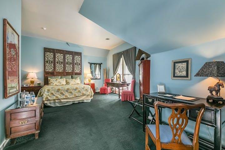 the-lookout-mountain-suite
