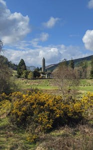 Primavera a Glendalough Irlanda