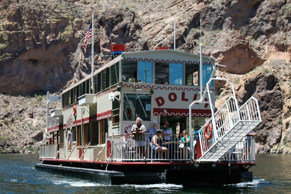 Dolly Steamboat on the water