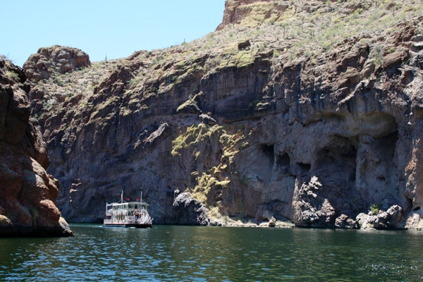 Dolly Steamboat boating on Canyon Lake