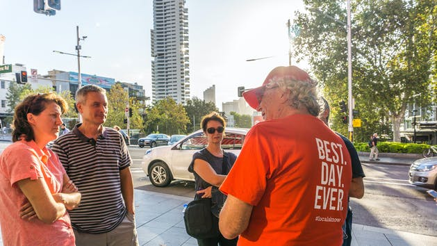 Sydney Tour Guide Leading Group