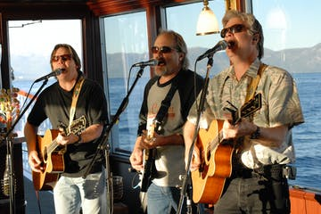 Lake Tahoe Live Music and Dinner Cruise