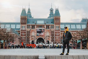 romantic things to do in amsterdam is going to the rijksmuseum