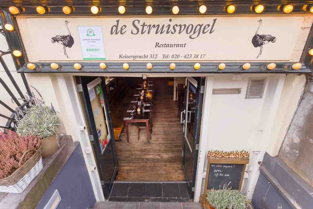 Romantic Restaurant de Struisvogel in Amstedam