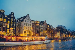 Amsterdam breaks for couples by night