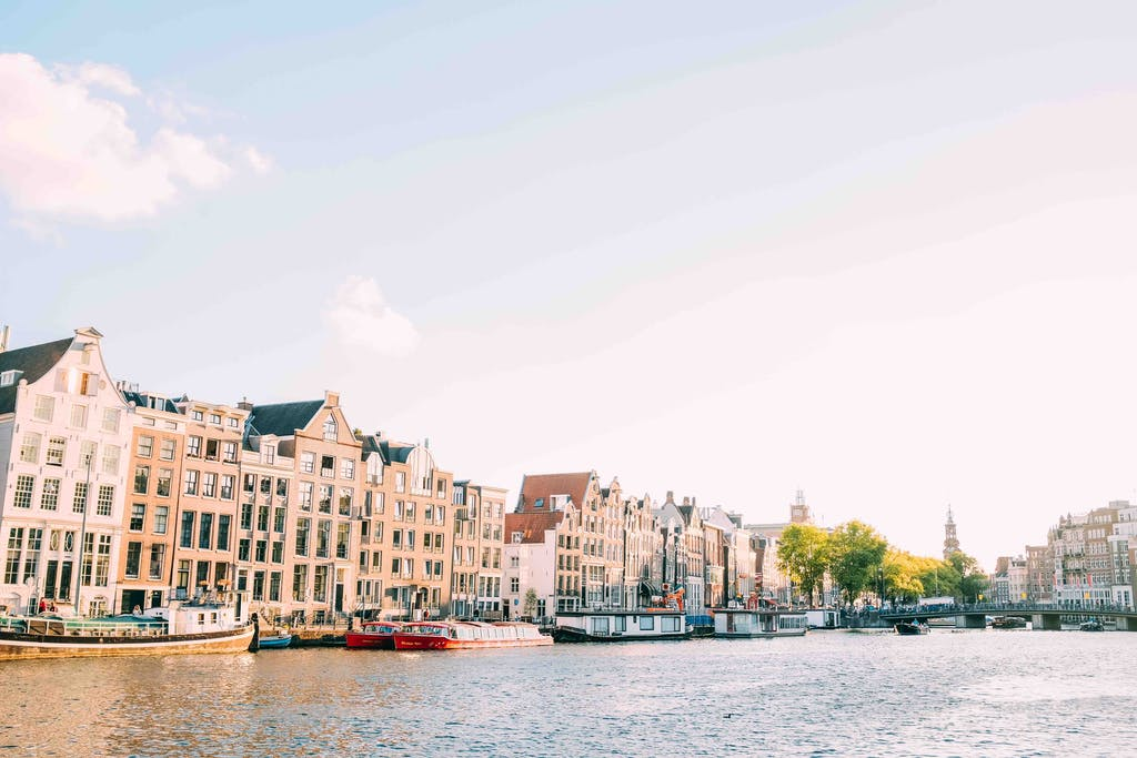 a romantic getaway in amsterdam