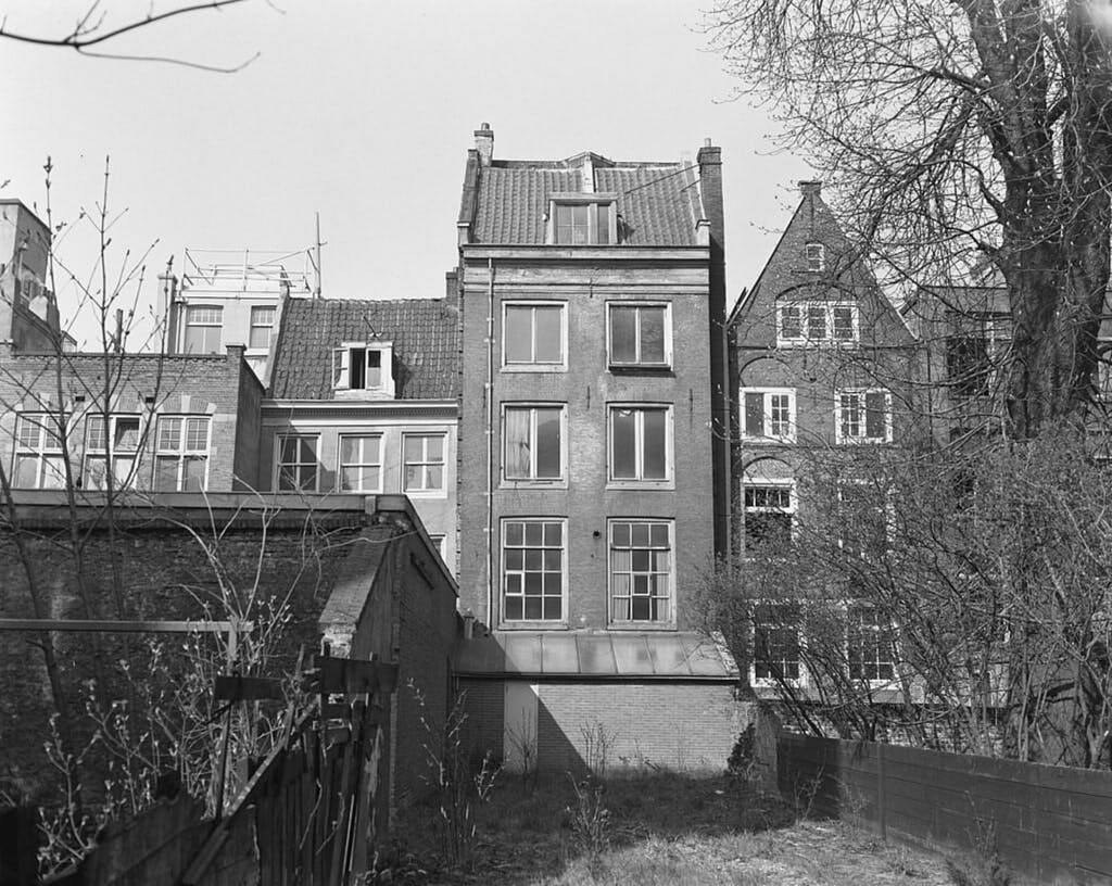 The back site of the anne frank house a moving visit duin your romantic trip to Amsterdam