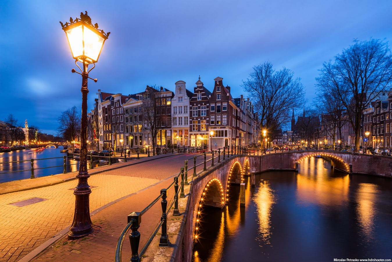 Romantic Amsterdam have a walk on valentines nay in Amsterdam