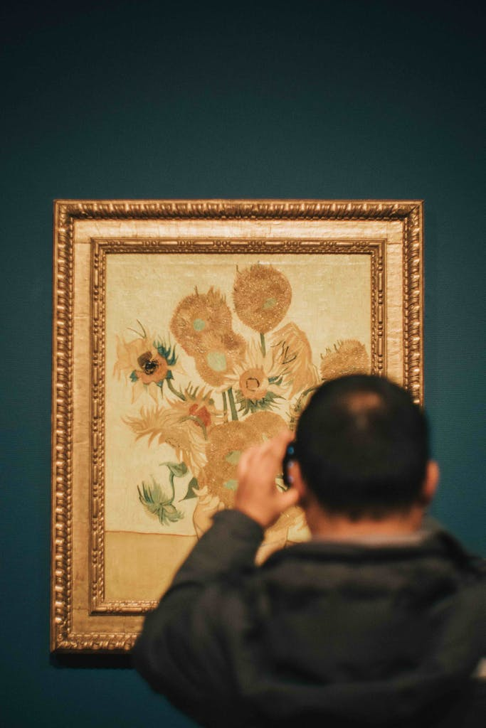 van gogh museum Amsterdam watching the sun flowers