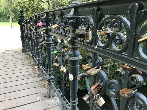 love bridge vondelpark