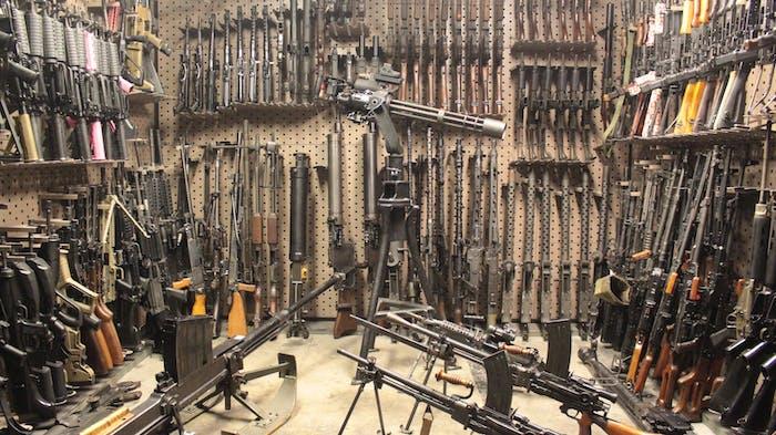 Shoot Machine Guns in Las Vegas! | Battlefield Vegas