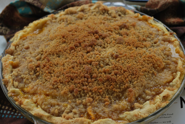 Maui Mango Crumb Pie