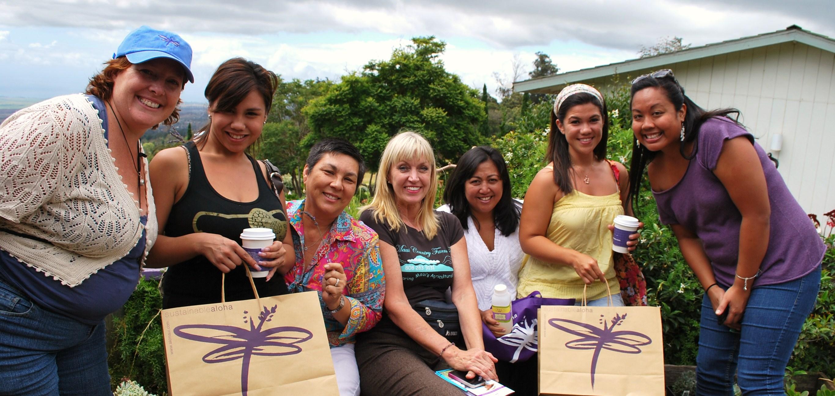 Shopping at AKL Maui