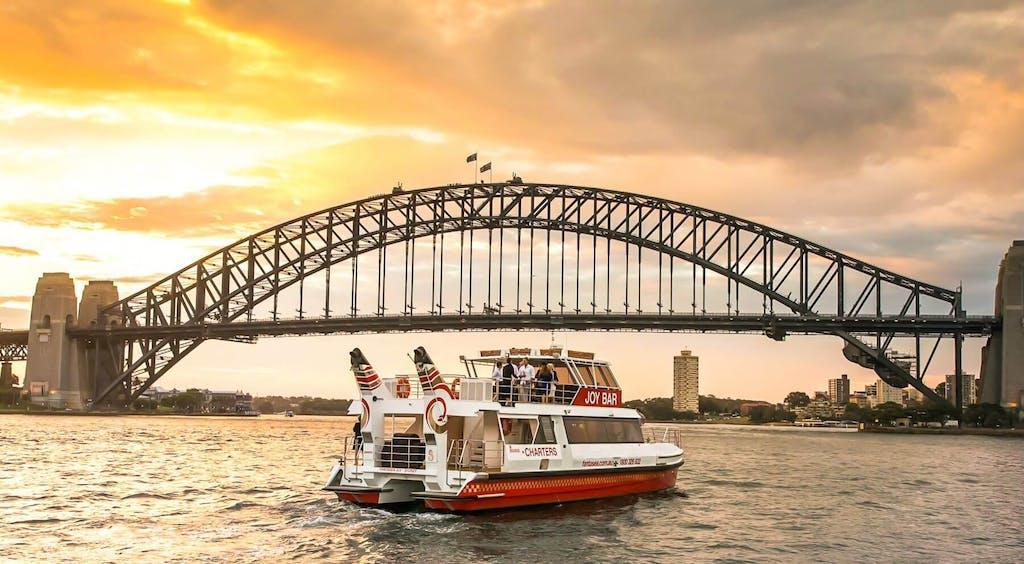 Joy-Bar-Sydney-Sunset-Cruise