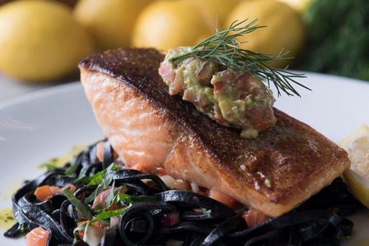 Sydney-Salmon-Dinner-Plate