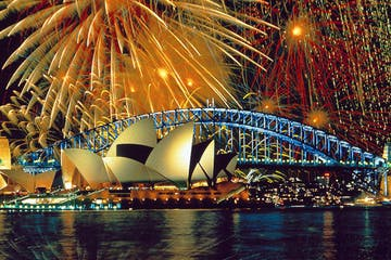 Sydney harbour NYE fireworks cruise
