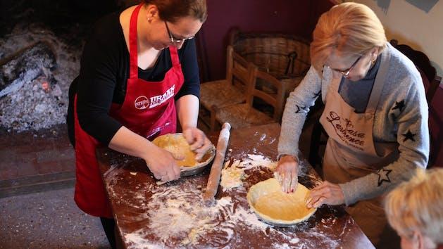 Casa-Lawrence-Torta-Making